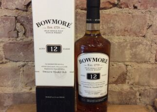 bowmore 12 years old islay single malt scotch whisky